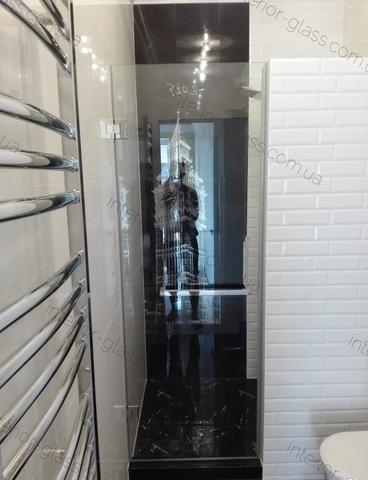 Душевая распашная дверь, Стекло прозрачное.