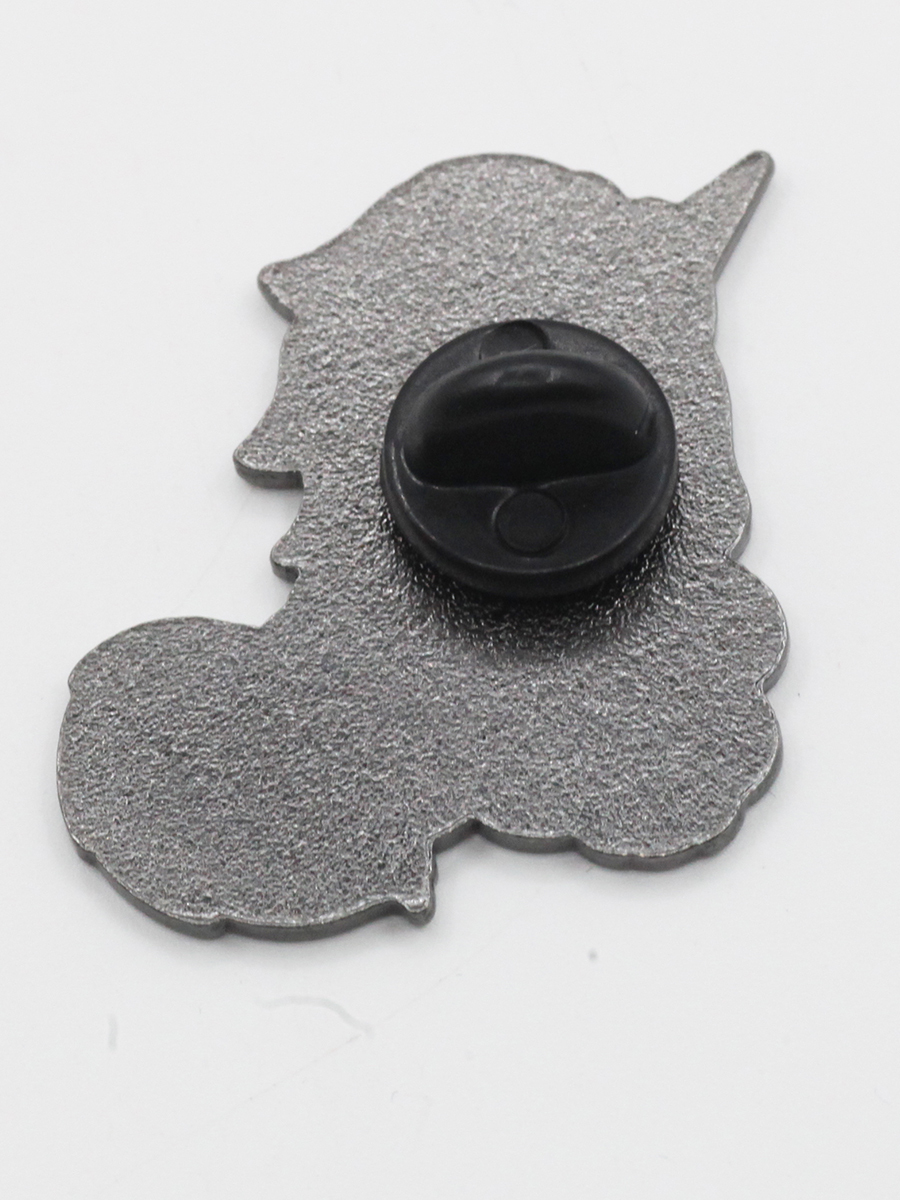 Металлический значок