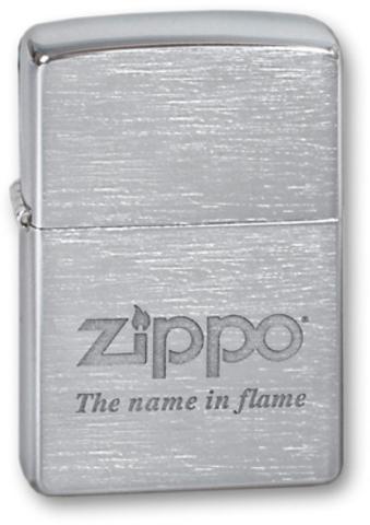 Зажигалка ZIPPO Classic Brushed Chrome™ логотип Zippo с девизом компании на фронтальной поверхности ZP-200 Name in flame