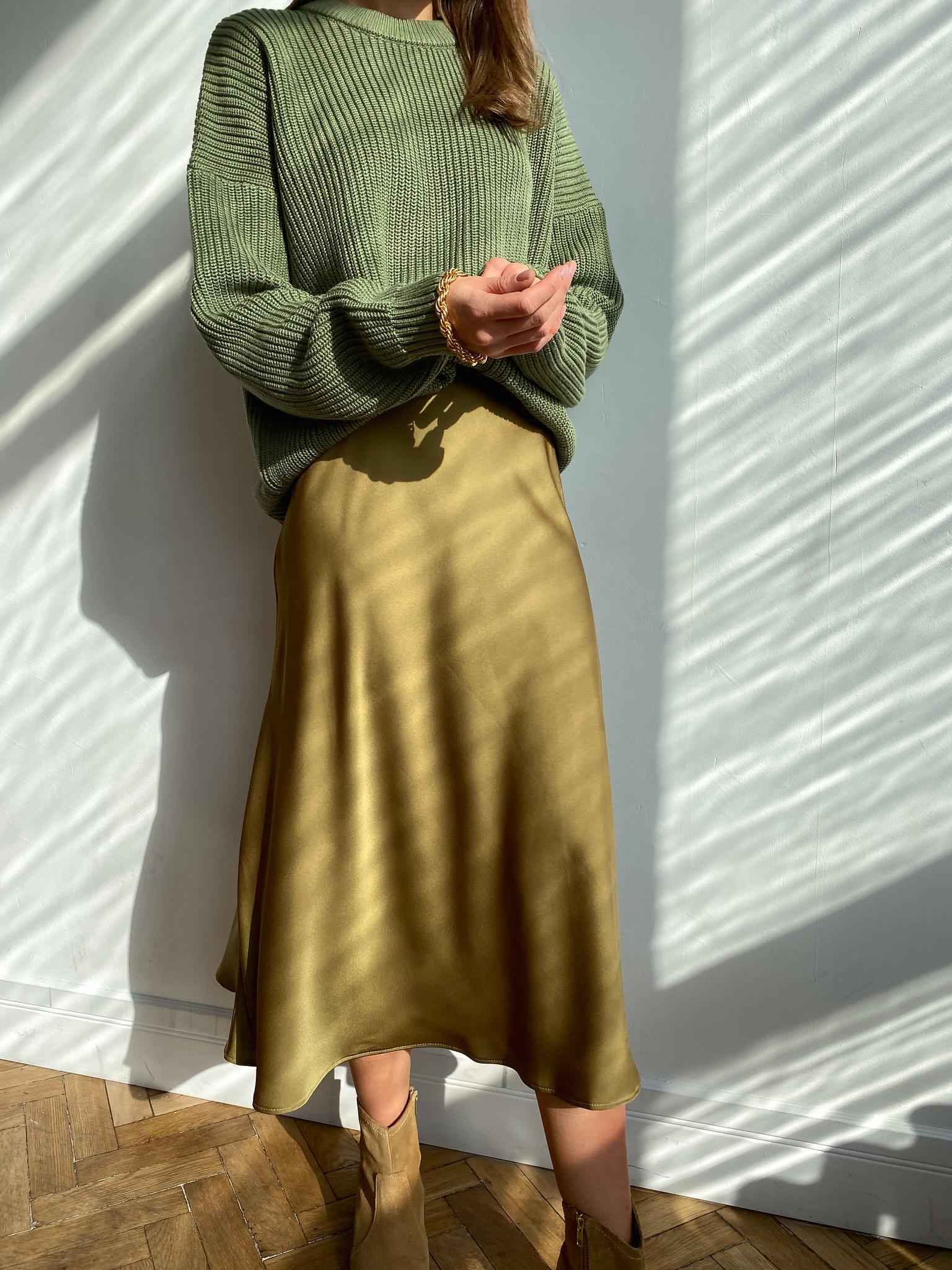 Юбка из атласной ткани (темно-оливковый)