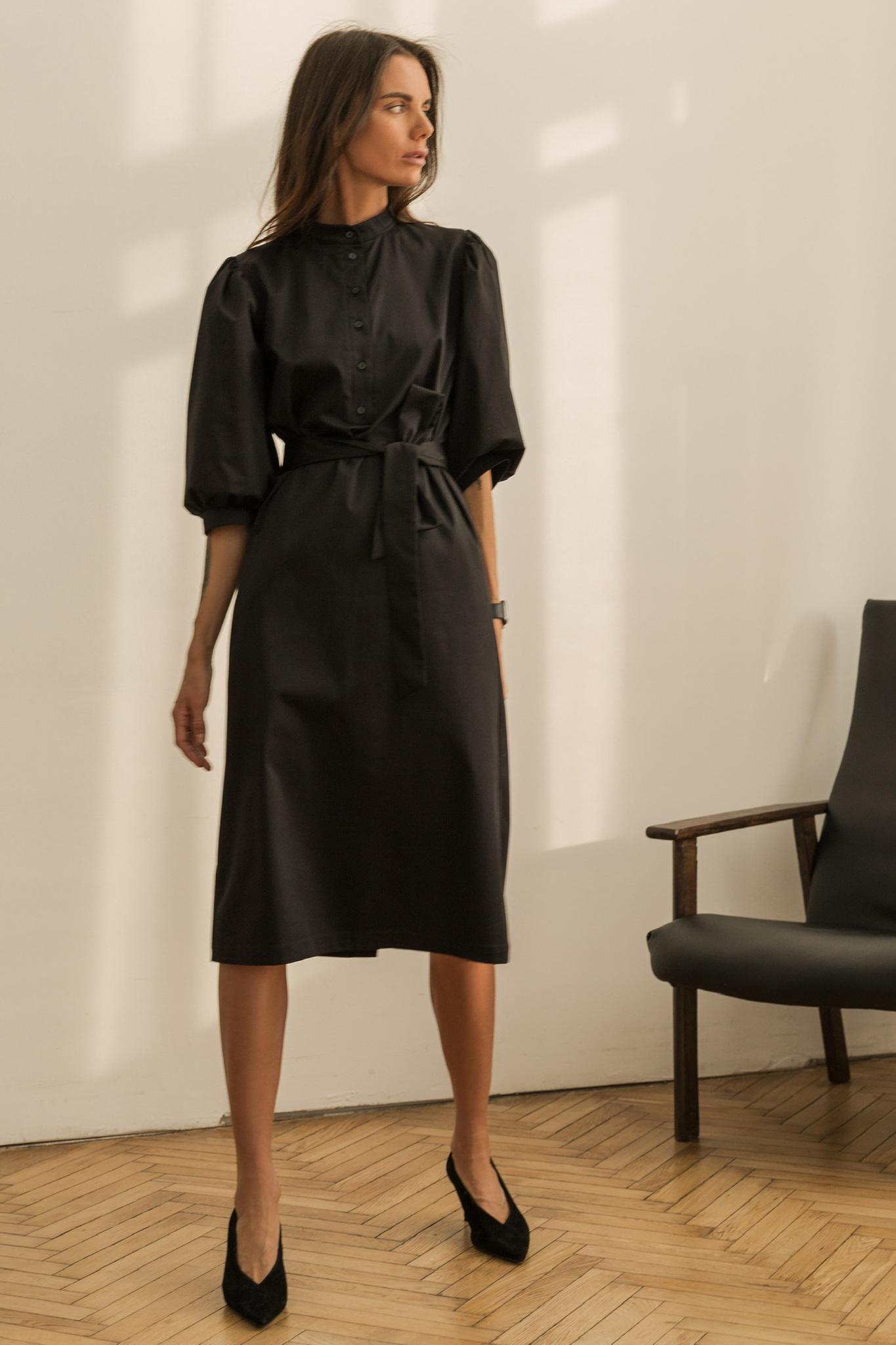 Платье со стойкой и рукавами фонариками, черный