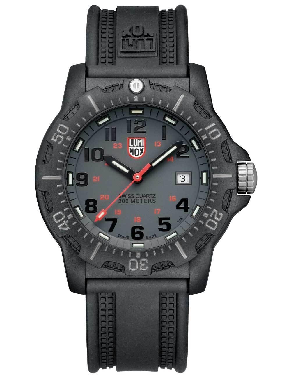 Часы мужские Luminox A.8802 LAND