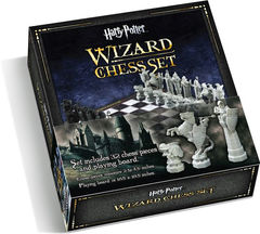 Harry Potter The Noble Collection Wizard Chess Set