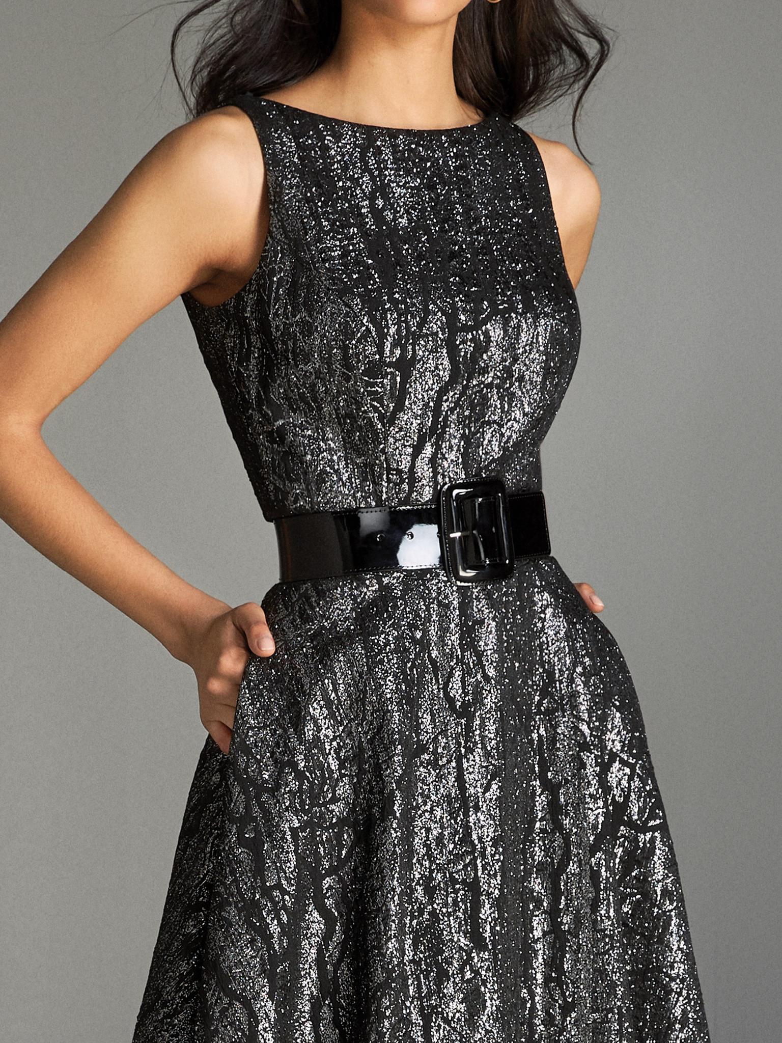 Вечернее платье классическое черное