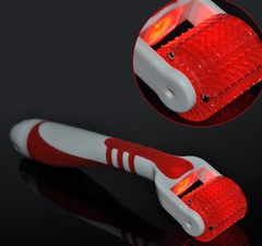 Светодиодный фотонный мезороллер красный со сменным валиком 540 титановых игл