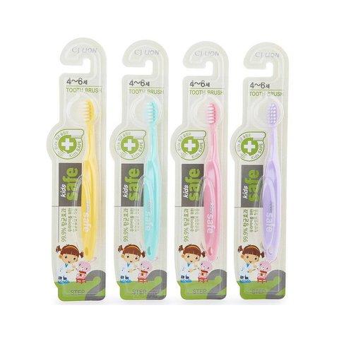Зуб/щетка детская с нано-серебряным покрытием №2 от 4 до 6 лет Lion Kids Safe