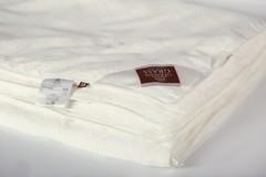 Одеяло шелковое стеганое 220x240 «Luxury Silk Grass»