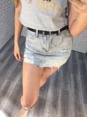 светло-голубая джинсовая юбка рваная nadya