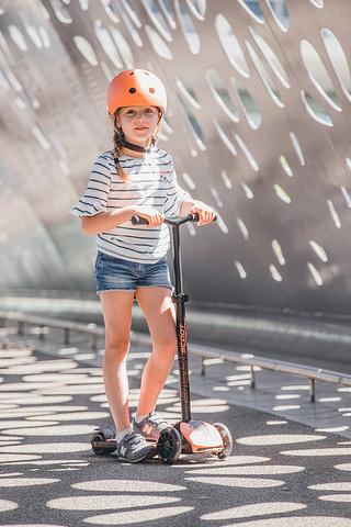 Трехколесный самокат Scoot & Ride Highway Kick 5 Led