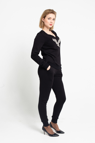 Костюм черный с свитером и брюками купить