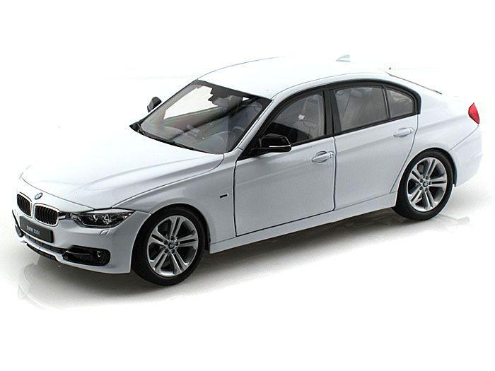Машинка-игрушка BMW 335I