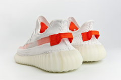 кроссовки Adidas Yeezy 350 boost V2 Wmns White / Red