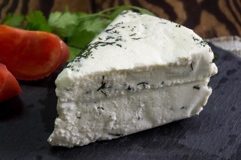 Сыр мягкий «Сельский» с зеленью