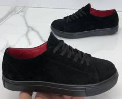 Черные замшевые кеды кроссовки женские. Спортивные туфли кроссовки замшевые. Черные кеды на черной подошве.