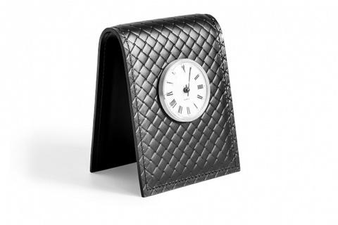Часы с циферблатом D 85 мм