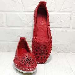 Женские летние туфли балетки с перфорацией кожа Rozen 212 Red.