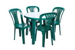 Пластиковый стул зеленый