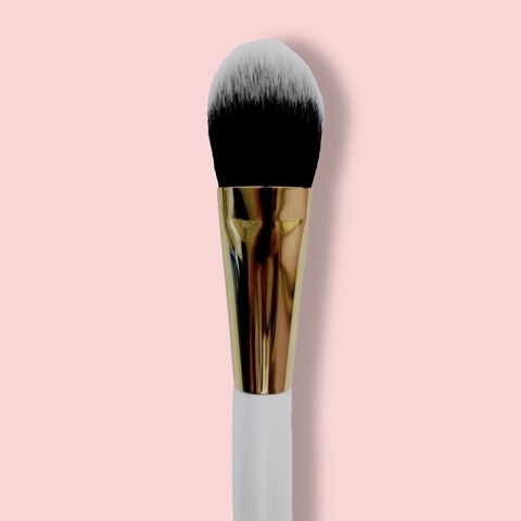 Oh My brush Small Flat Foundation Brush 115