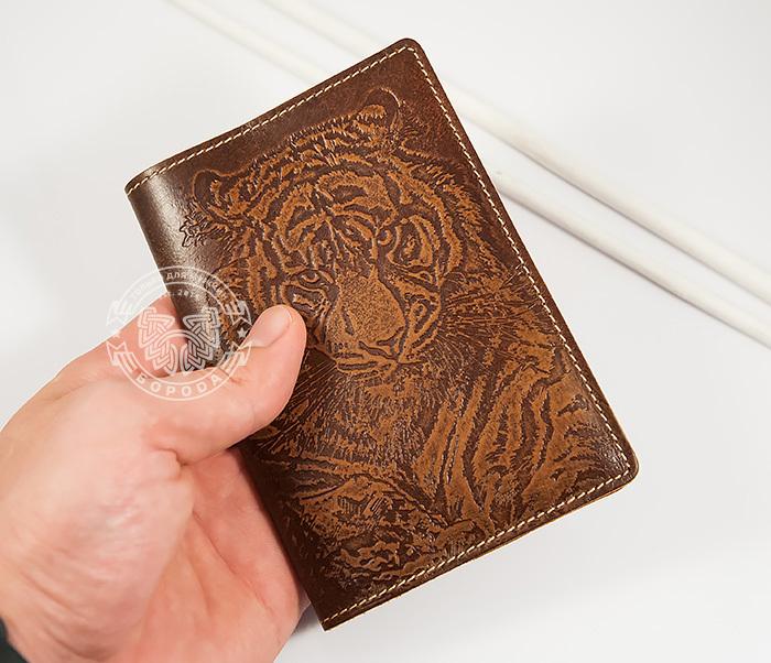 BY14-09-01 Оригинальная обложка на паспорт с тигром, тиснение фото 04