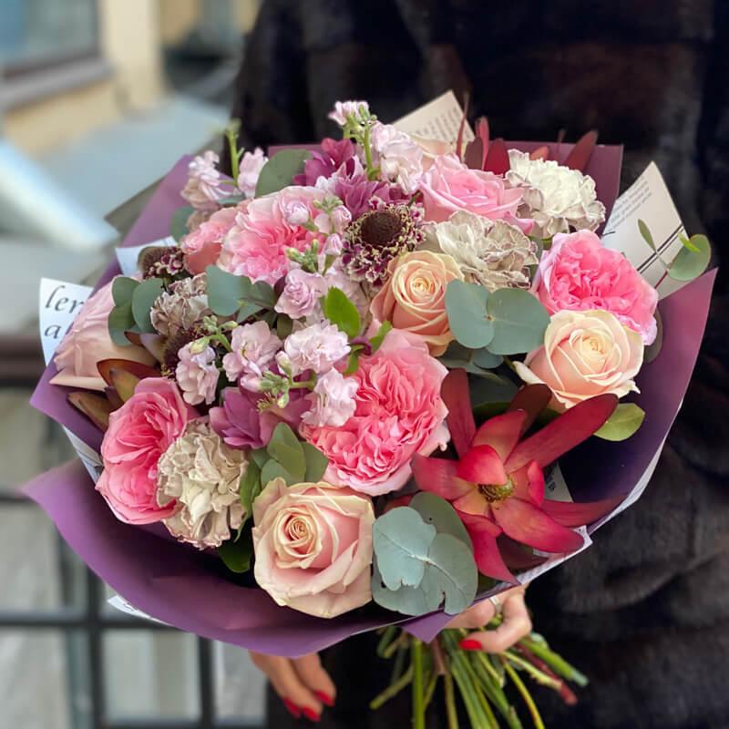 Букет цветов 334
