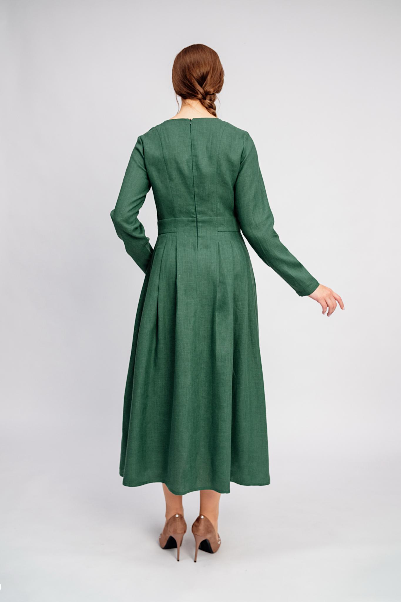 Платье в офис льняное Молодо-зелено