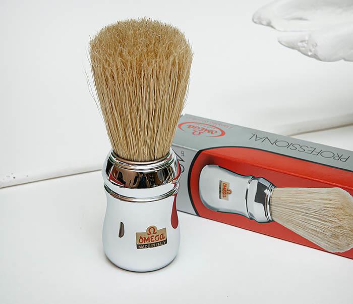 RAZ506 Итальянский помазок «OMEGA» с серебристой рукояткой, щетина кабана фото 03