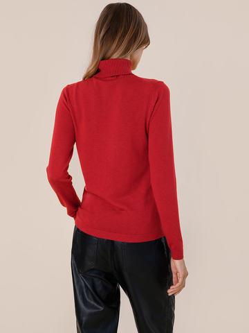 Женская водолазка красного цвета из шерсти и шелка - фото 4