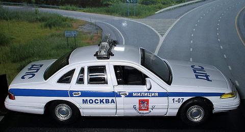 Busch 49023 Автомобиль Ford Crown Victoria ДПС 15 ОТДЕЛ 23