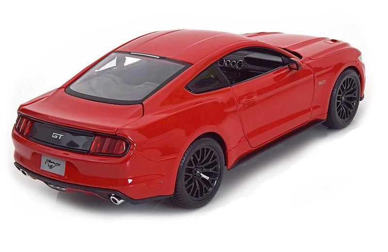 Коллекционная модель Ford Mustang 2015