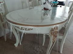 Скатерть прозрачная на овальном столе