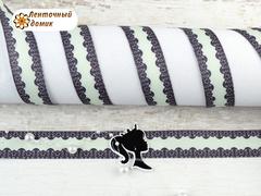 Лента репсовая Черные горошки с кружевом по краям на нежной акве 22 мм