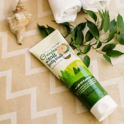 Скраб для тела с зеленым чаем Elizavecca Milky Piggy Greentea Salt Body Scrub