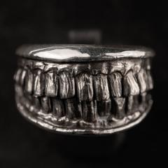 Зубастое кольцо BONN FACTORY