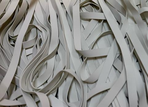 Резинка латексная для купальника белая 6 мм (оптом)