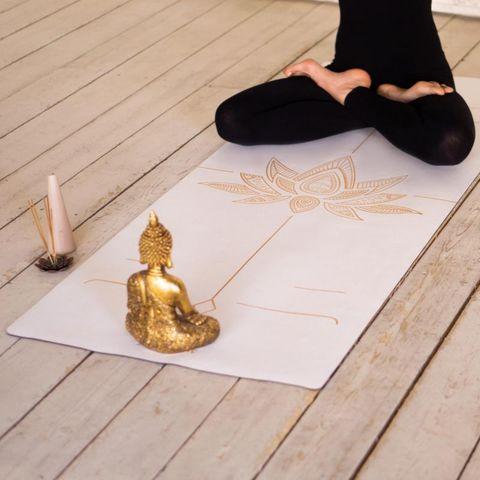 Коврик для йоги Lotos White 183*66*0,3 см из микрофибры и каучука