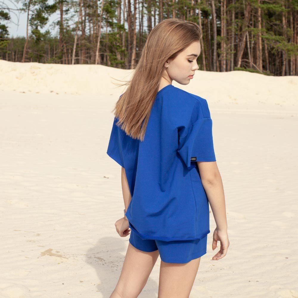 Дитячий підлітковий літній костюм для дівчаток з шорт і футболки оверсайз в синьому кольорі