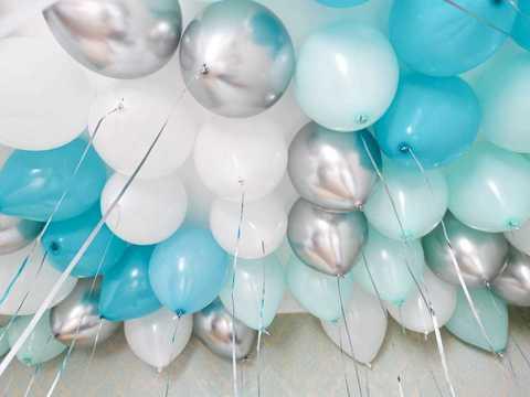 Воздушные шары под потолок