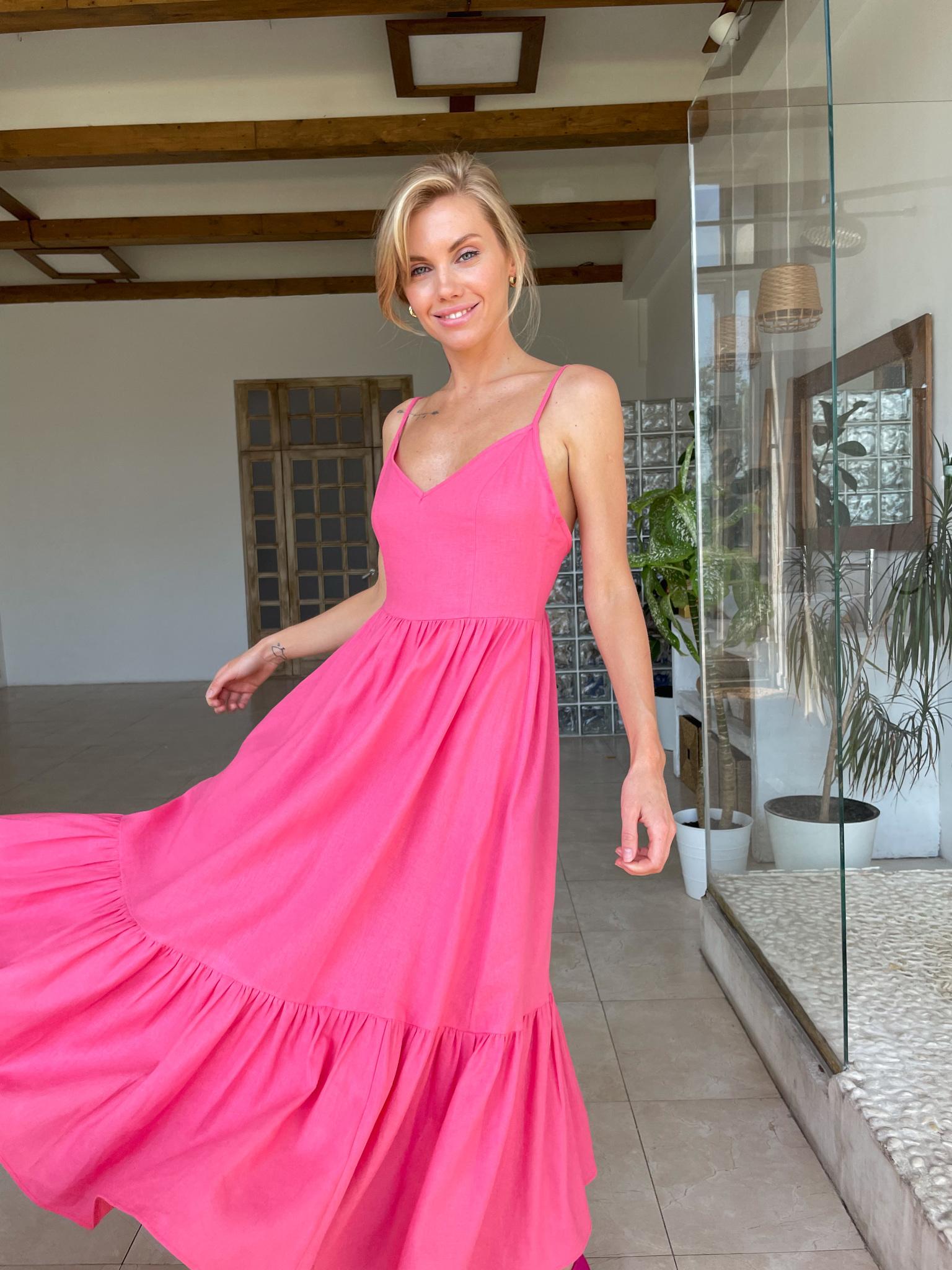 Платье изо льна с открытой спиной (ярко-розовый)