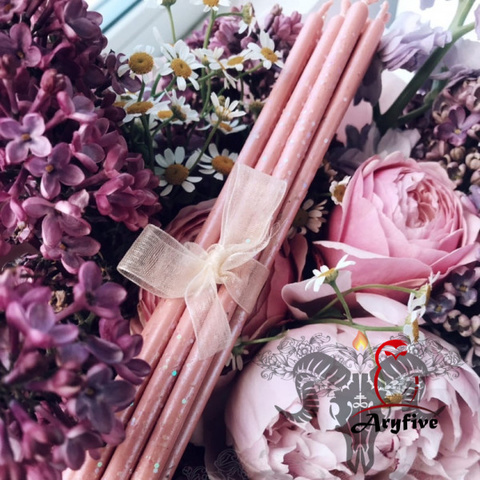 Розовые тонкие свечи с перламутром