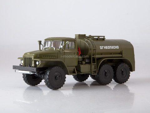 Ural-375 TZ-5 (375) Tanker khaki 1:43 Legendary trucks USSR #10