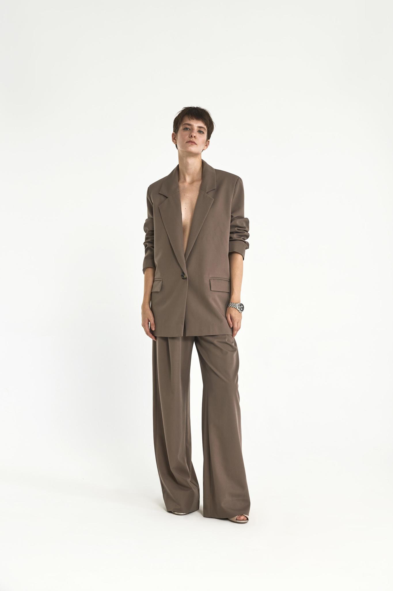 Широкие брюки с двумя складками (костюмный твил), кофейный