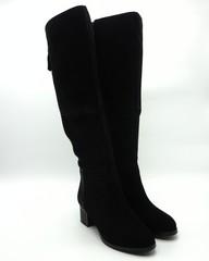 Черные ботфорты на устойчивом каблуке