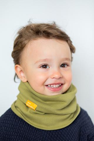 детский снуд-горловинка из хлопка гладкий оливковый