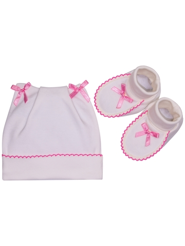 Комплект шапочка и пинетки для новорожденного