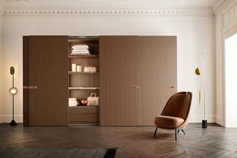 Шкаф с распашными /раздвижными  дверьми Icona Pianca, Италия