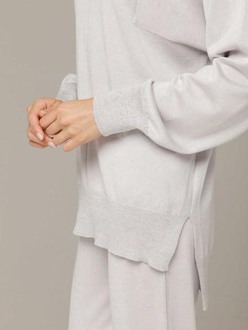 Светло-серый джемпер из шёлка и кашемира, с квадратной линией проймы - фото 3