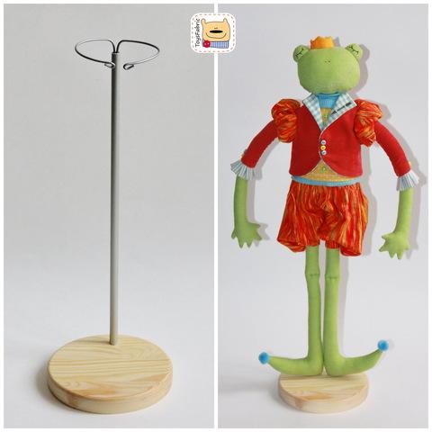 Подставка для кукол из сосны
