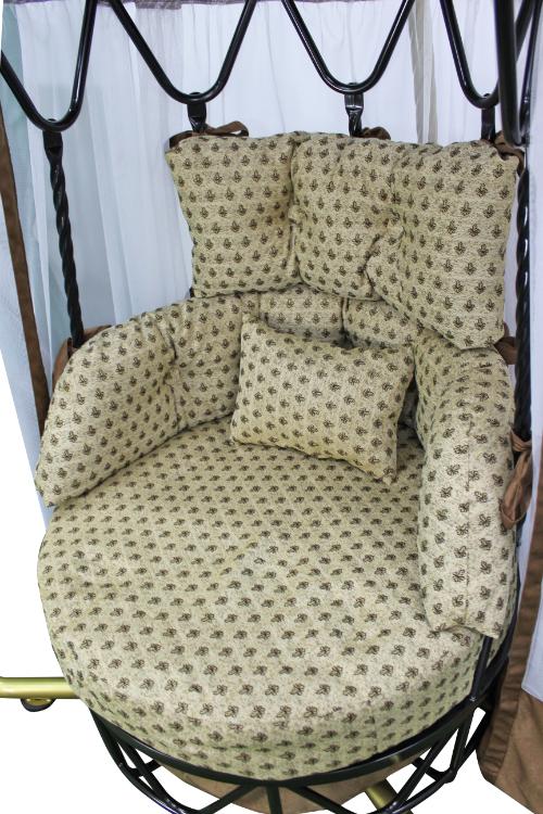 Царская карусель золото подушки