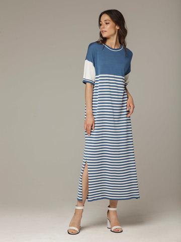 Голубое с белым платье прямого силуэта из струящегося шелка с вискозой в морском стиле - фото 1