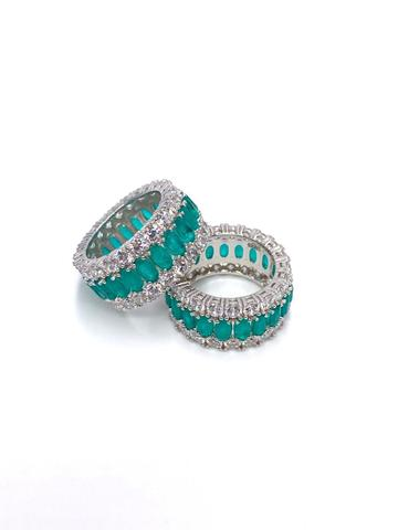 10785- Широкое кольцо-дорожка из серебра с цирконами цвета турмалин